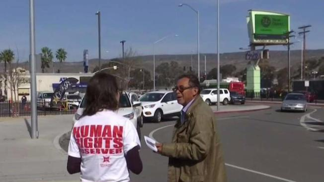 Activists Urge Travelers to 'Know Your Rights' at US-Mexico Border Crossing