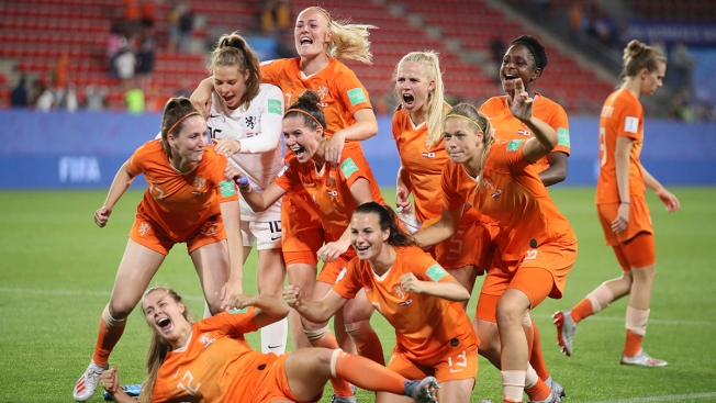 Women's World Cup: Dutch Advance to Quarterfinals With 2-1 Win Over Japan