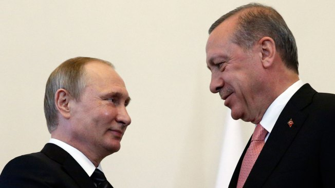 Turkey's Erdogan Sits Down With Russia's Putin for Talks