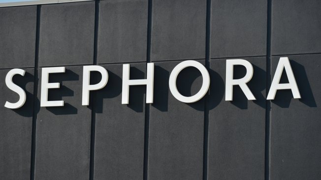 Woman Settles Oral Herpes Suit With Makeup Giant Sephora - NBC