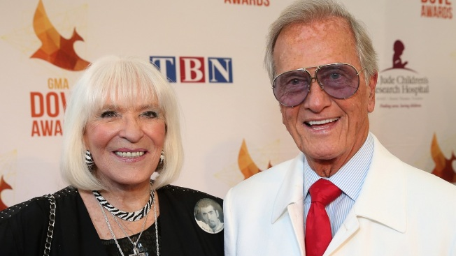 Shirley Boone, Philanthropist and Wife of Pat Boone, Dies