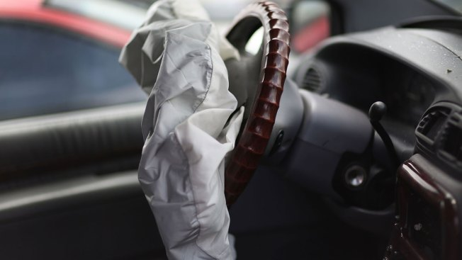 Feds Say Air Bag Parts Maker is Stonewalling Probe Into Fatal Car Crash
