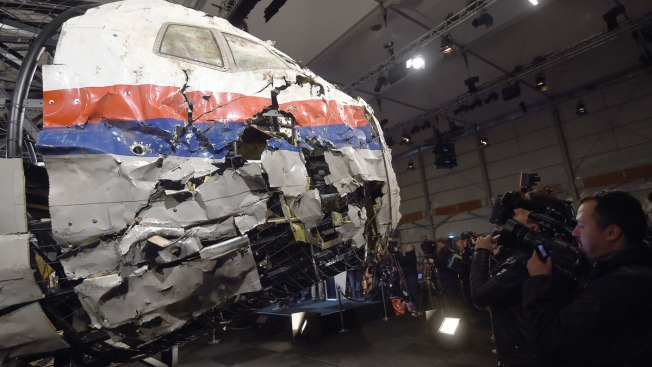 Flight MH17 Downed by Launcher From Russia: Dutch Probe