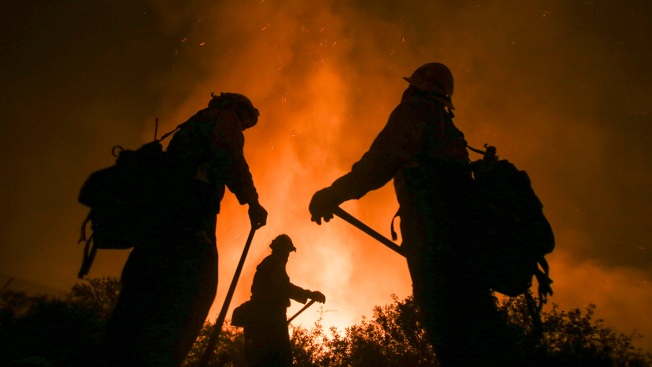 Cal Fire Rank-and-File Firefighters Battle Flames While Fighting for Better Wages