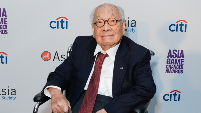 I.M. Pei, Architect Who Designed Louvre Pyramid, Dies at 102