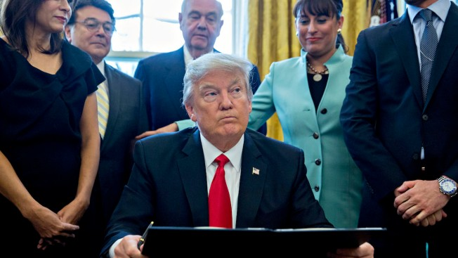 Trump Signs Executive Order Aimed at Cutting Regulations