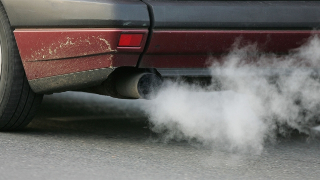 Leaving A Car Idling While Parked Could Be Banned In Los Angeles