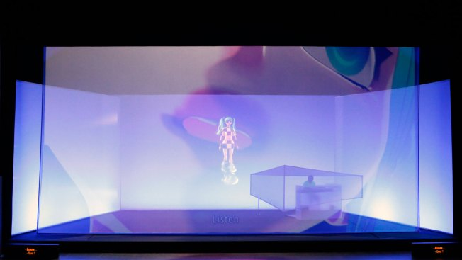 Japanese Hologram Pop Star Hatsune Miku Plans North America Tour