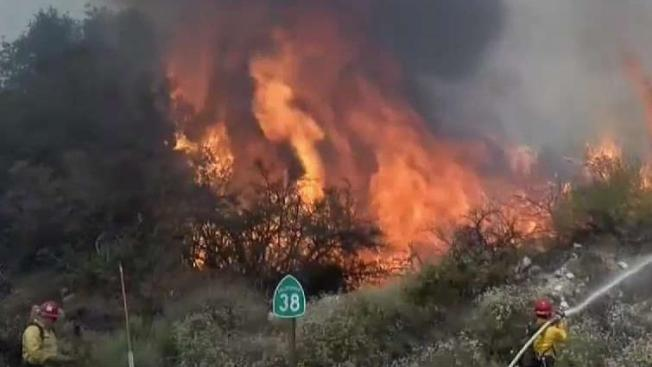 list several fires burning in southern california as temps soar rh nbclosangeles com Oceanside Brush Fire fire in oceanside ny right now