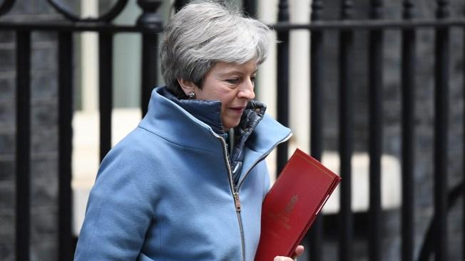 UK Lawmakers Seize Brexit Agenda in Bid to Break Deadlock