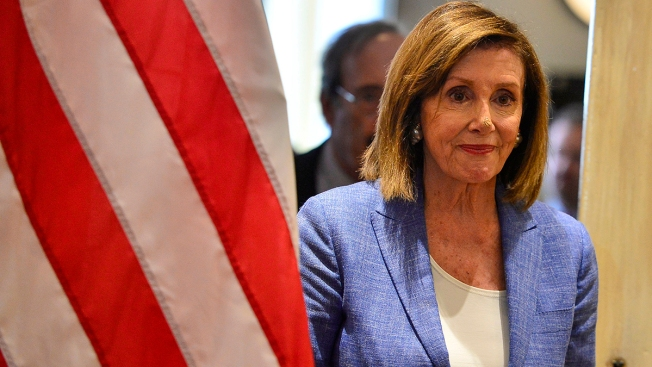 Pelosi Assails 'Weakness' of Trump, Netanyahu