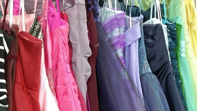 SoCal Students in Need Receive Free Prom Dresses