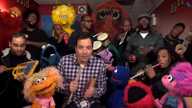 """Jimmy Fallon, """"Sesame Street"""" Cast Perform with Kid's Instruments"""