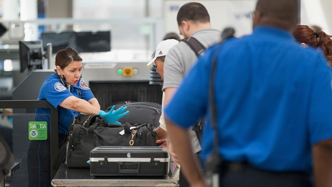 TSA Officers to Gather at LAX to Discuss Safety Impacts of Government Shutdown