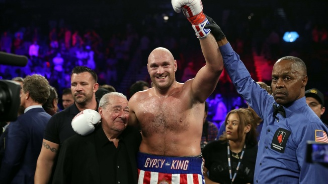 Tyson Fury Stays Unbeaten, Beats Schwarz in 2nd Round