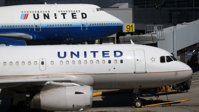 United Airlines tests new plan to combat overbooking