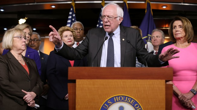 Bernie Sanders Makes Big Statement With Oversized Trump Tweet