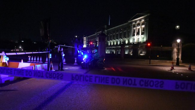 2nd Man Arrested in Buckingham Palace 'Terrorist Incident': Police
