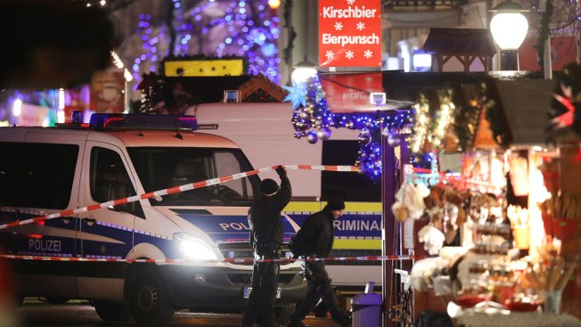 Christmas market EVACUATED as 'bomb found' - armed police on scene