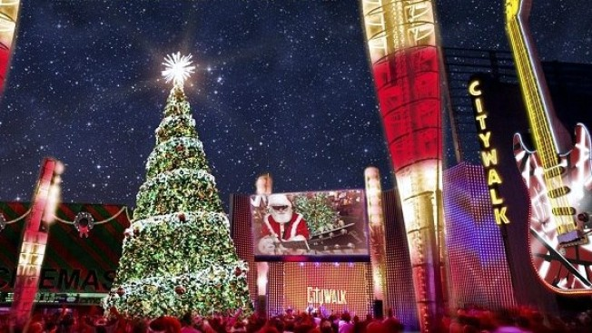 CityWalk Kicks Off the High-Wattage Holidays