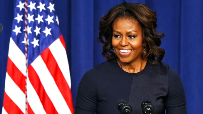 "First Lady Visits SoCal for Fundraiser at Home of ""Everybody Loves Raymond"" Creator"