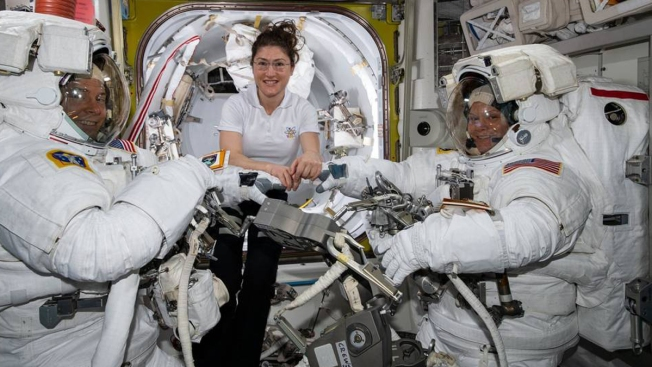 1st All-Female Spacewalk Dropped, NASA Cites 'Spacesuit Availability'