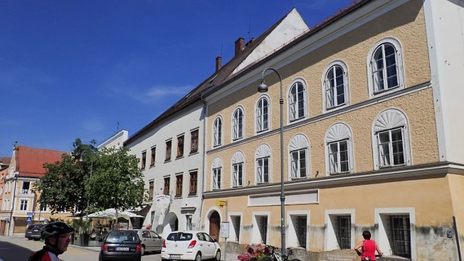 House Hitler Was Born in to Become Police Station, Austria Says