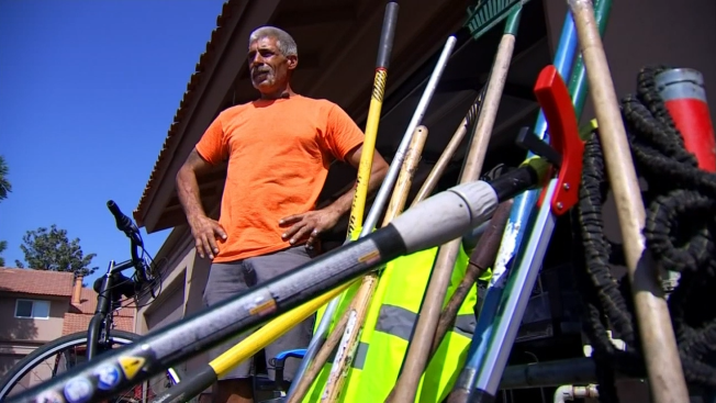 Homeless Man Who Cleans Streets Hopes to Inspire Others