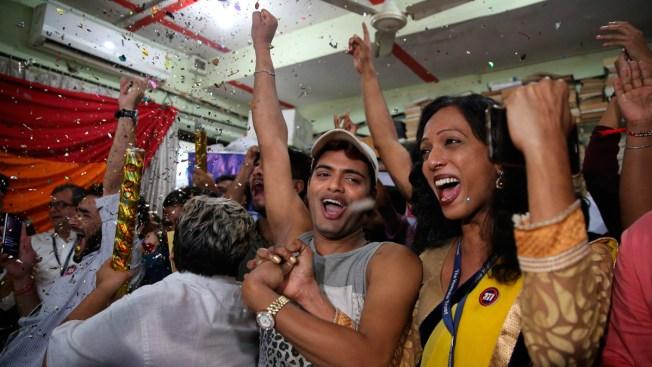 India Decriminalizes Gay Sex in Landmark Verdict
