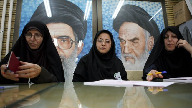 US Weighs Sanctions Relief While Bemoaning Iran's Behavior