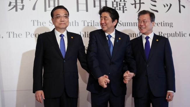 Leaders of Japan, China, S. Korea Agree to Cooperate on N. Korea