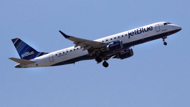 JetBlue Reshuffles Corporate Headquarters, Braces Workers for Layoffs