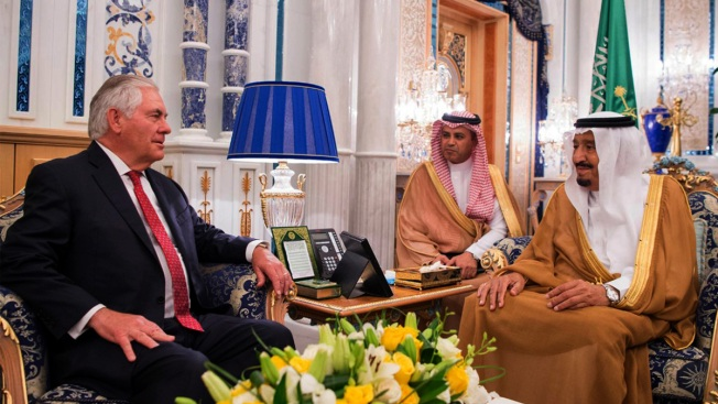 Anti-Qatar Bloc Meets US Envoy, But No Breakthrough in Sight