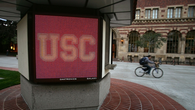 USC Fires 2 Health Clinic Supervisors in Gynecologist Scandal