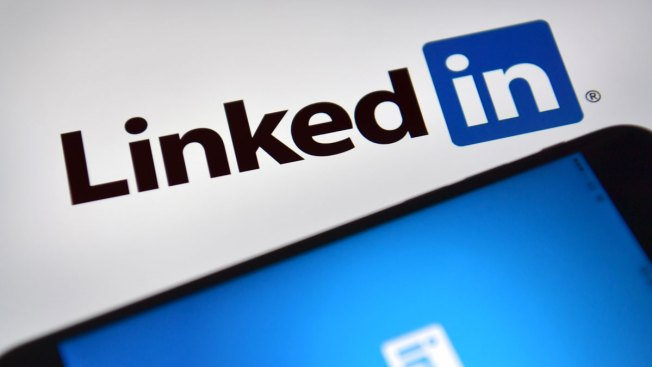 United States judge says LinkedIn can not block startup from public profile data