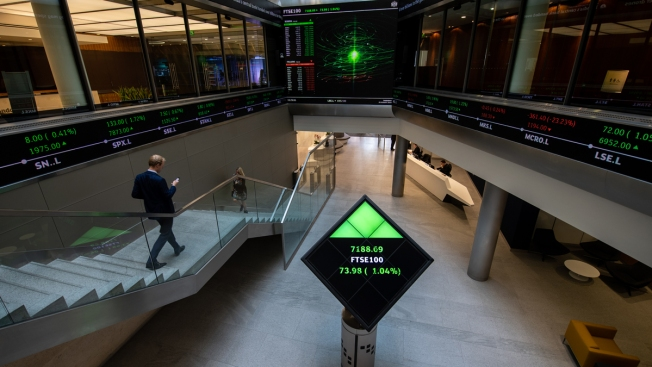 Hong Kong Stock Exchange in Talks to Buy London Counterpart