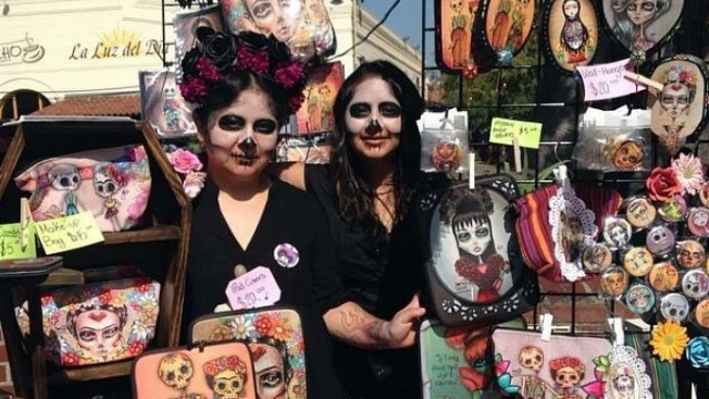 Olvera Street Muertos Artwalk: 30+ Local Artists