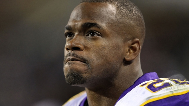 Minn. Vikings Running Back Adrian Peterson's Son Dies After Alleged Assault