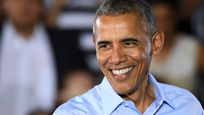 President Wraps Up LA Visit With Fundraiser at Home of 'Glee' Producer