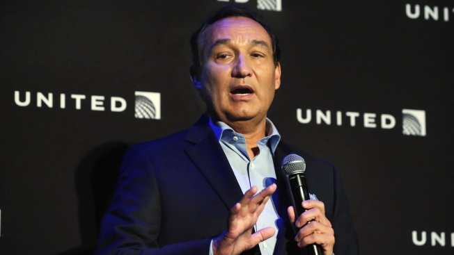 Committee Blasts United Airlines, CDA for Missing Deadline