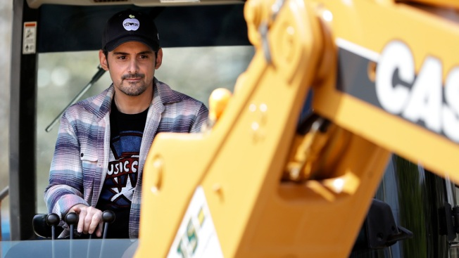 Brad Paisley Breaks Ground on Free Grocery Shop in Nashville