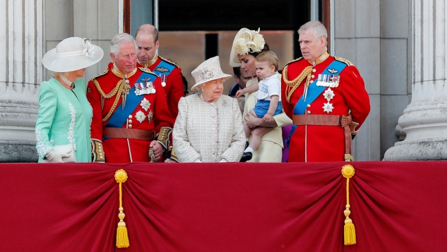 Pomp, Parade Marks Queen Elizabeth II's Official Birthday