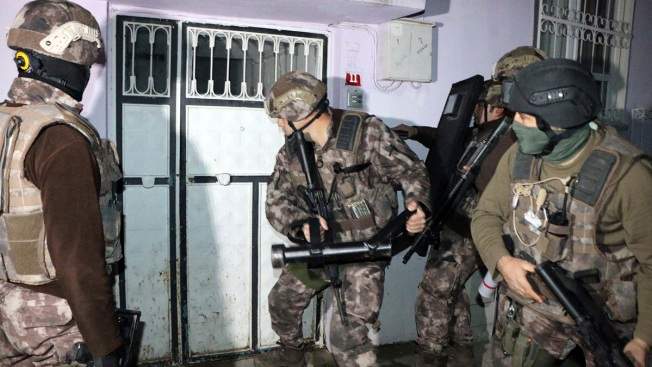 Nearly 750 ISIS Suspects Detained in Turkey Raids