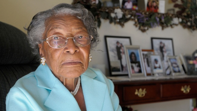 Recy Taylor, Alabama civil rights icon, dies at 97