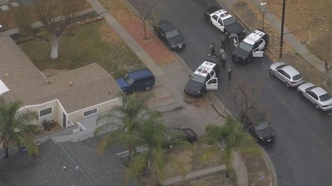 LA County Sheriff's deputy stabbed in Canyon Country