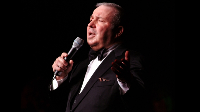 Frank Sinatra Jr. dies of heart attack at age 72