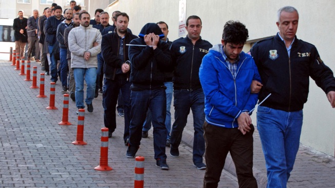 Over 1,000 Detained in Turkey for Suspected Links to US-Based Cleric