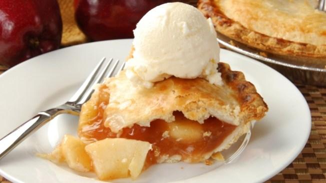 Pie Maestros Go Crust-to-Crust in Creative Cook-Off