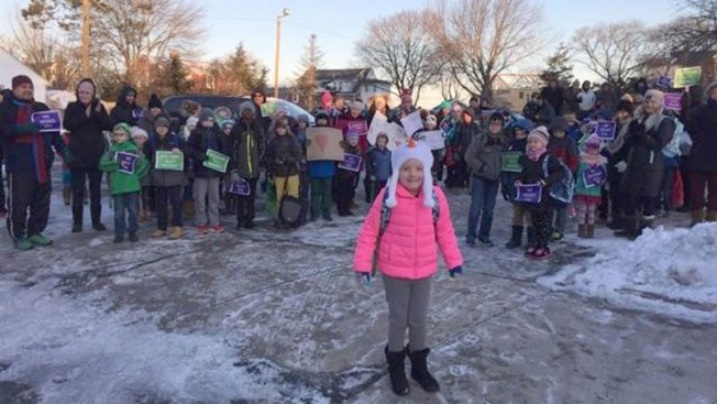 Hundreds Welcome 3rd-Grader Back to School After Cancer Fight
