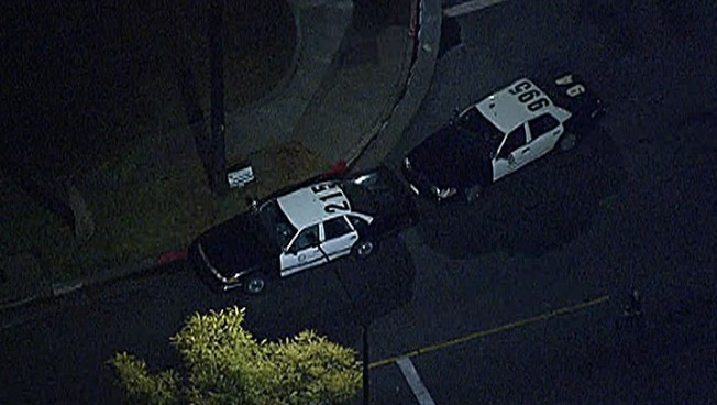 Off-Duty LAPD Officer Shoots Suspect